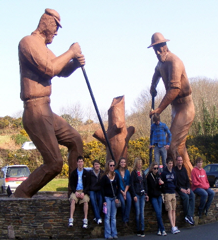 Mineral-Point-High-School-Students-vist-Redruth