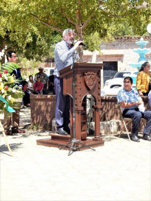 db_A talk at unveiling of bust to John Clark, Alamos, Sonora, Mexico1